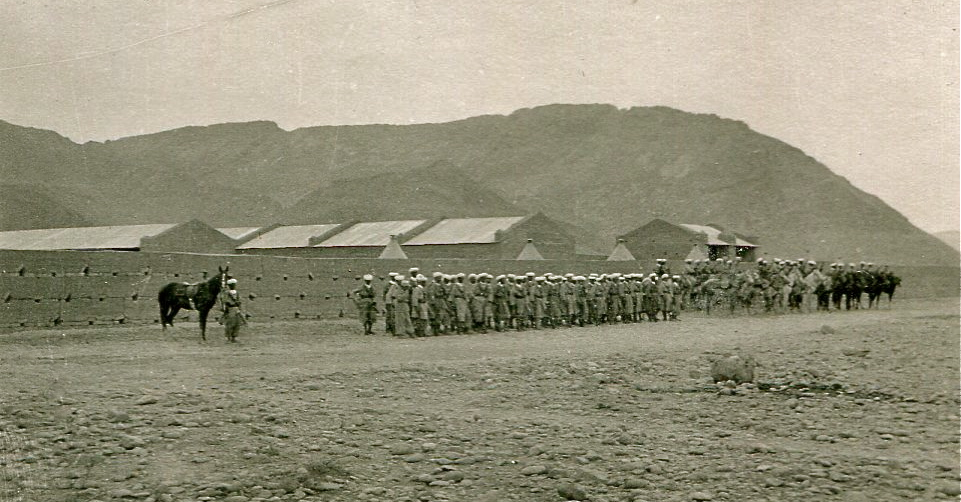 Foum_El_Hassan_4_sept_1934_inspection_colonel_Suffren_02350